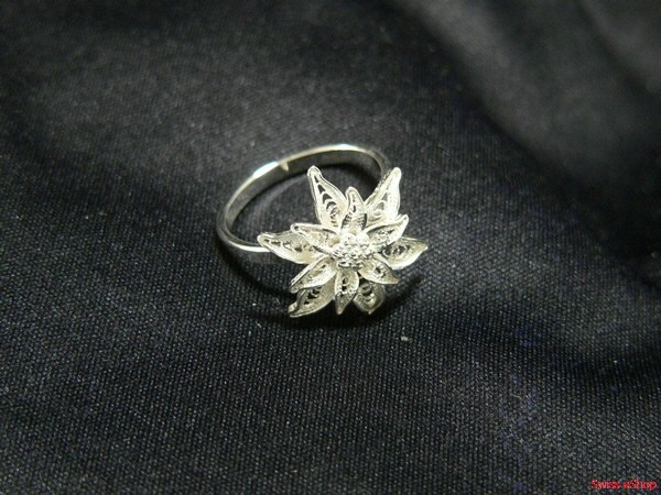 Ring mit Edelweiss 120