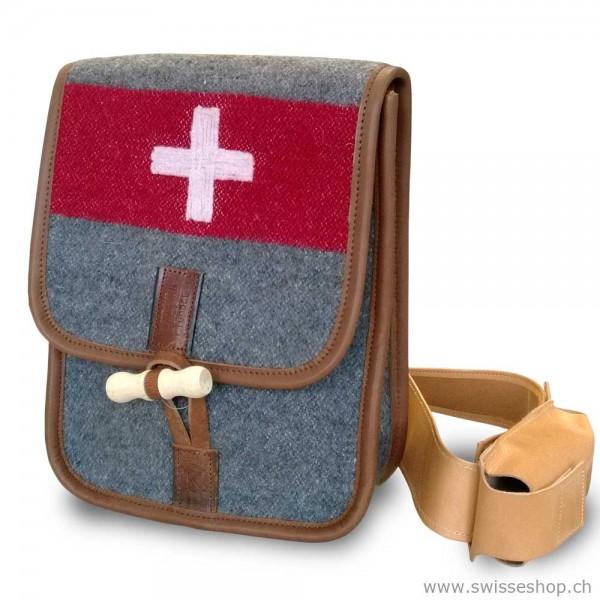 schulter_bag_army_recyclin_schweizer_army_tasche_haengetasche_souvenir_WD8